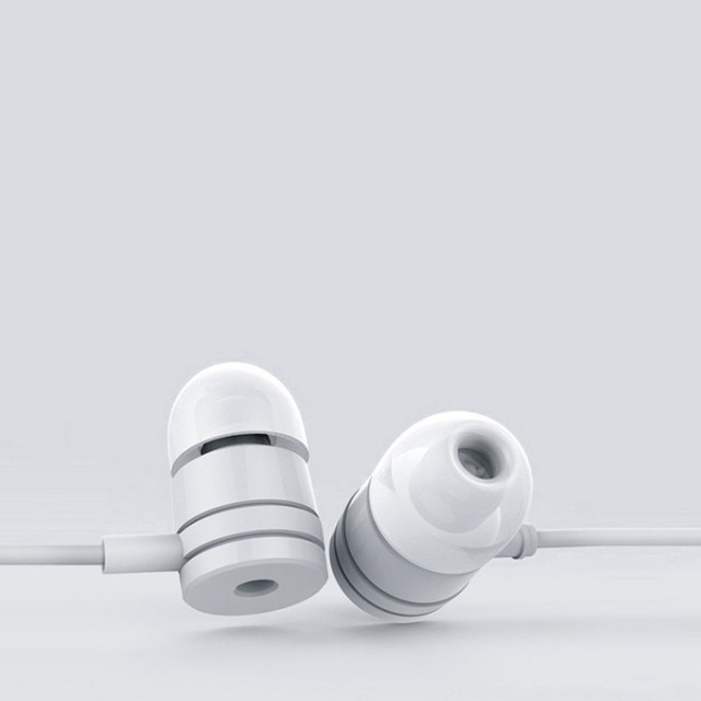 Hot sale In ear Headphones with microphone Simple Piston Hifi Earbuds Bass Sport Ear phones for iPhone xiaomi MP3 MP4 Phone
