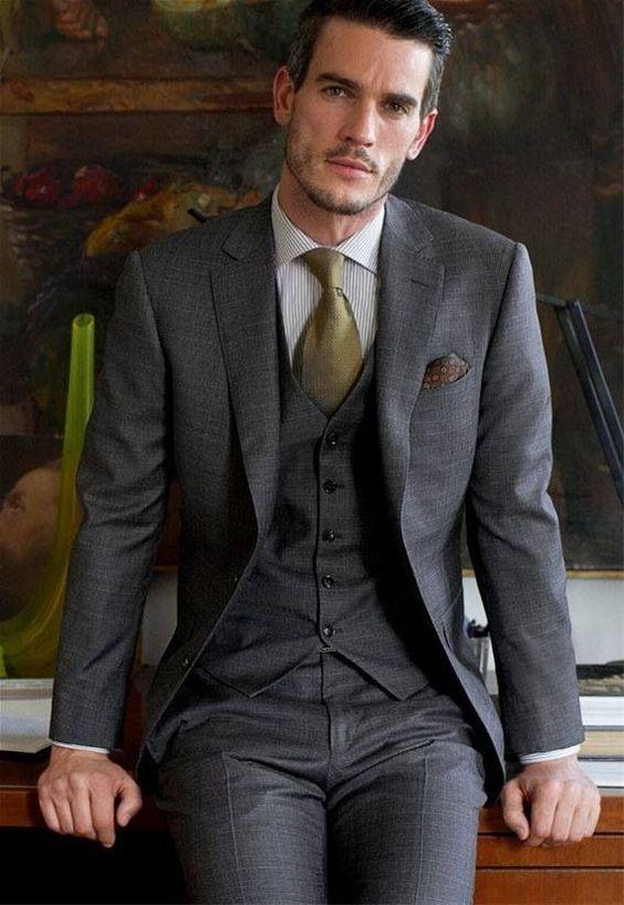 Custom Made Gray Notch Lapel Two Button Burra Slim Fit Kostum / - Veshje për meshkuj