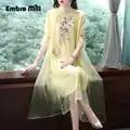 Zomer De Nieuwe Chinese Ruyi garen borduurwerk cheongsam jurk geel Zeven kwart mouw elegante mode Losse jurk S 2XL
