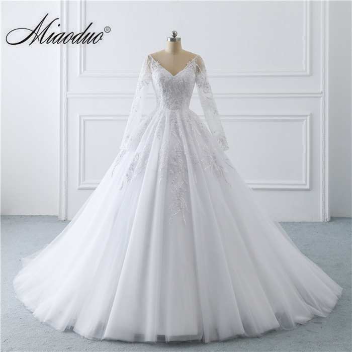 Romantic Vestidos de Noiva 2019 Long Sleeves  Dress Celebrity Ball Gown Robe De Mariage Bridal Gowns New White Wedding Dresses