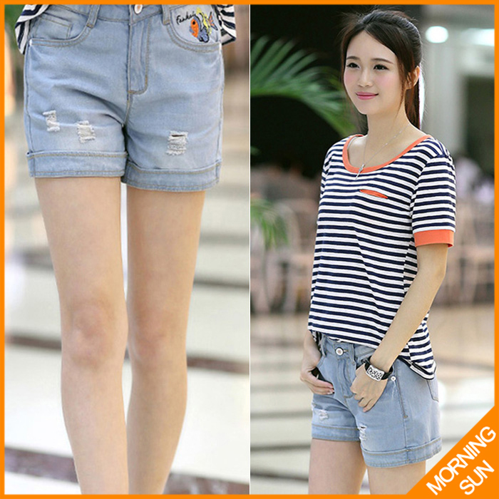 new arrival 2017 women casual summer korean straight bleached ripped little fish painted hot denim shorts