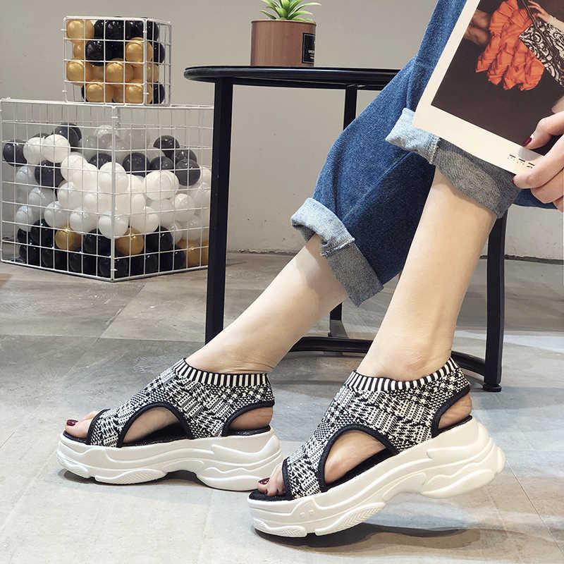 Sandalias de plataforma de mujer COOTELILI zapatos de verano Mujer Casual Slip on Open Toe Sandalen zapatos de mujer negro