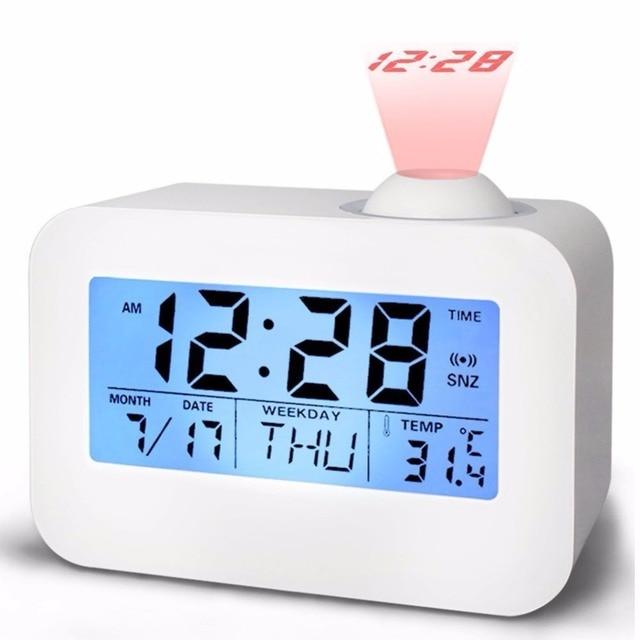 8f75c0d673a LCD relógio de Projeção Projetor relógio de Mesa Eletrônico Nixie Falando Relógio  de Mesa de Cabeceira