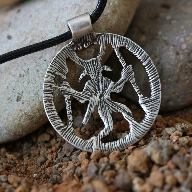 10pcs Odin pendant with a design from the late Iron Age and early Viking Age A Warrior in a horned headdress with raven head
