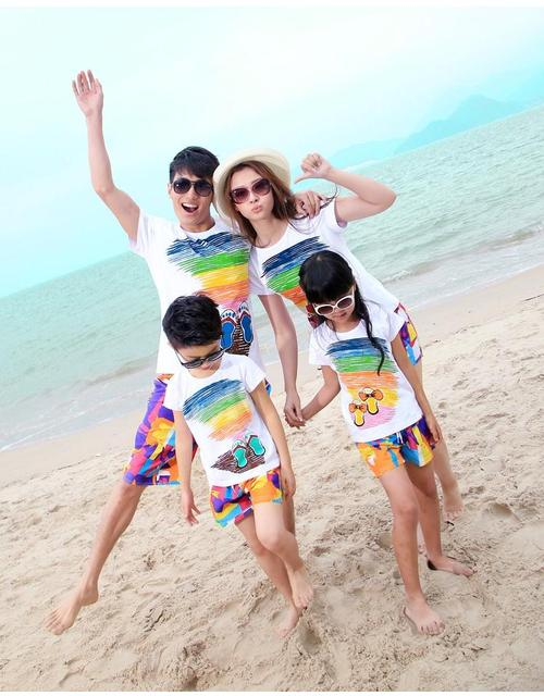 Free Shipping summer Family outfit cotton colorful Mum daughter Dad son beach t shirt+ pants Family sets suit
