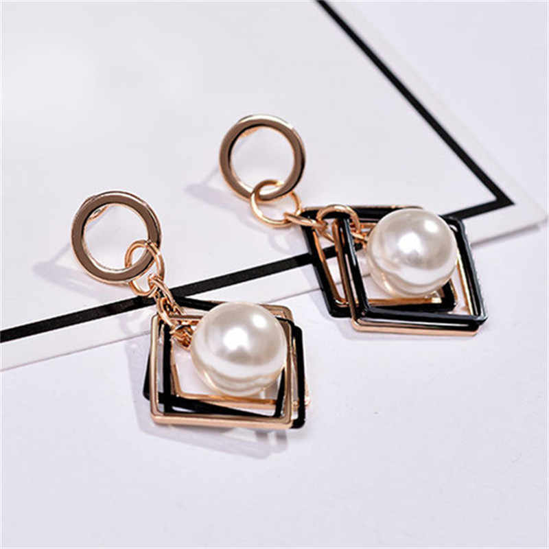 2019 New Temperament Earrings Geometric Square Imitation Pearl Earrings Girls Popular Earrings Jewellery Wholesale