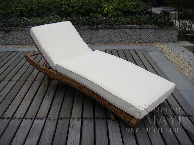 Patio PE Rattan Lounge Chair , Modern Comfortable Chaise Lounge transport by sea  patio pe rattan lounge chair modern comfortable chaise lounge transport by sea