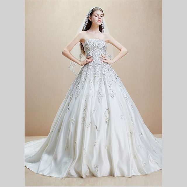2015 New Trends Satin Wedding Dresses Appliques And Beaded Wedding