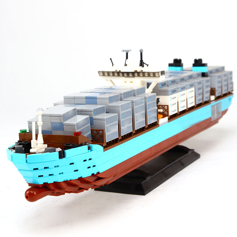 Lepin 22002 New 1518Pcs Genuine Technic Series Maersk Line Triple-E Toys Building DIY Blocks Bricks 10241 22002 genuine technic series the maersk cargo container ship set 10241 building educational toys lepin
