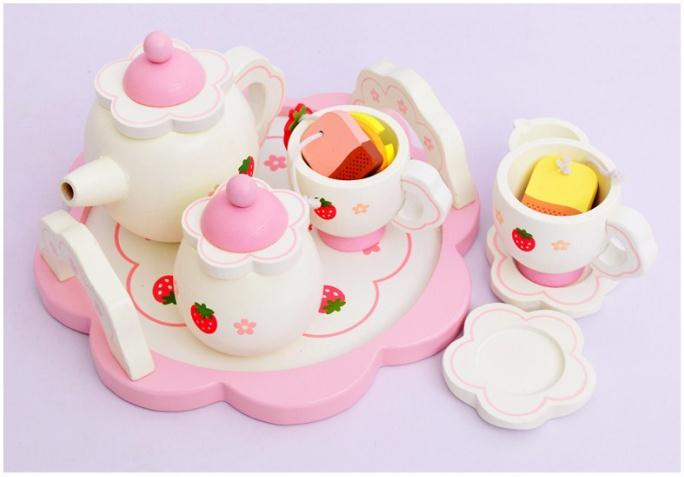 Free Shipping!Hot sale white sweet strawberry simulational Tea Set pretend play wooden toy children birthday gift toy 1set 10pcs smart china tea set pottery teaset blue peony tm18 free shipping
