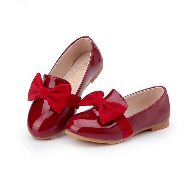 2016 Nuevo Llega la Primavera Bowknot Grande de Charol Niños Sandalia de Los Niños Zapatos Casuales, Zapatos de las niñas Negro Rojo Eur26-30.