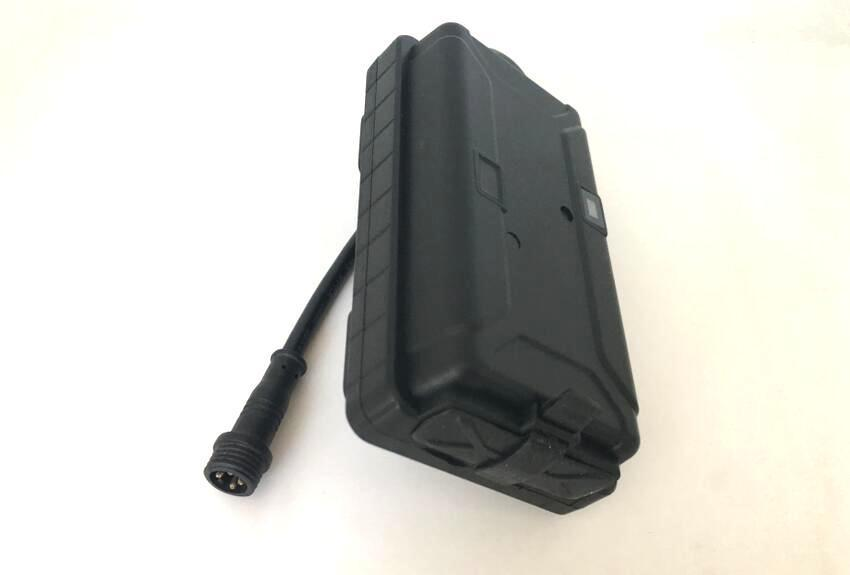 2G or 3G Solar Panel GPS Tracker Locator T500S/T500SG For Big Pet Animals Cow Horse large animals Tracking Device 5000mAh 3g gps tracker wcdma realtime tracking device locator mt510 1600mah u blox umts two way talk voice monitor mileage report sos