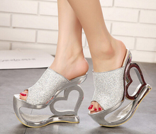 5-free shipping 2015 European pop adult shoes women platform slides sandals girls fashion heart heel summer heels gold bronze