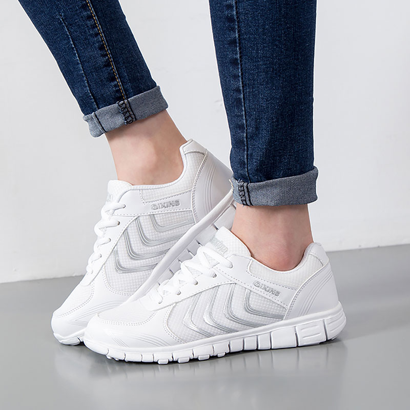 Fast deliver women shoes 2018 hot fashion light mesh Breathable Casual shoes woman tenis feminino women sneakers Plus Size mwy women breathable casual shoes new women s soft soles flat shoes fashion air mesh summer shoes female tenis feminino sneakers