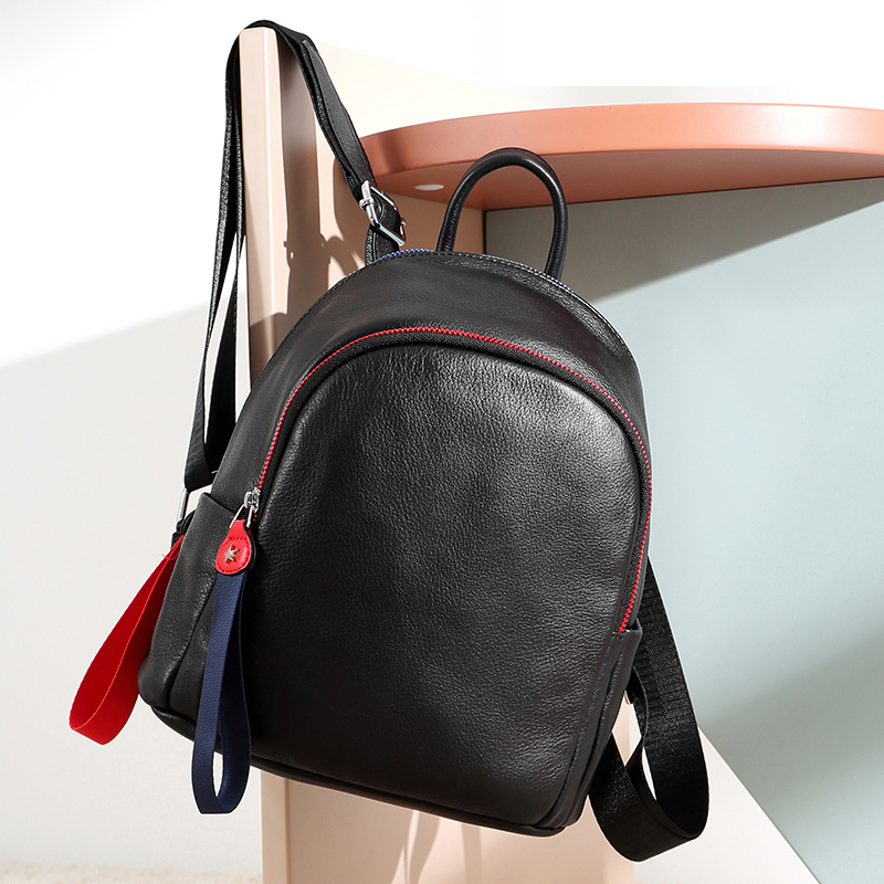 Anti theft Cowhide Leather Women Shoulder Bag Calf Soft Leather Women s Backpack Panelled Chain Design