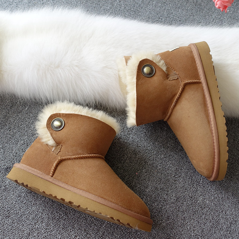 High quality snow boots 2017 autumn and winter new Australia's 100% natural sheep fur boots free delivery snow boots free delivery of autumn and winter high quality 100