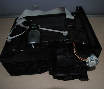 все цены на  90% new original DesignJet 5000 5100 5500 Service station assembly Q1251-60257 C6090-60083 plotter part  used  онлайн
