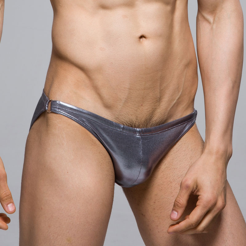 VOCLA looks at the different types of mens pouch underwear, the benefits and disadvantages: enhancing, lifting, contour, large, anatomically correct pouches.