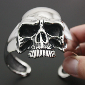 Image 2 - 316L acier inoxydable énorme crâne lourd hommes Biker Rocker Punk Bracelet Bracelet manchette 5J022