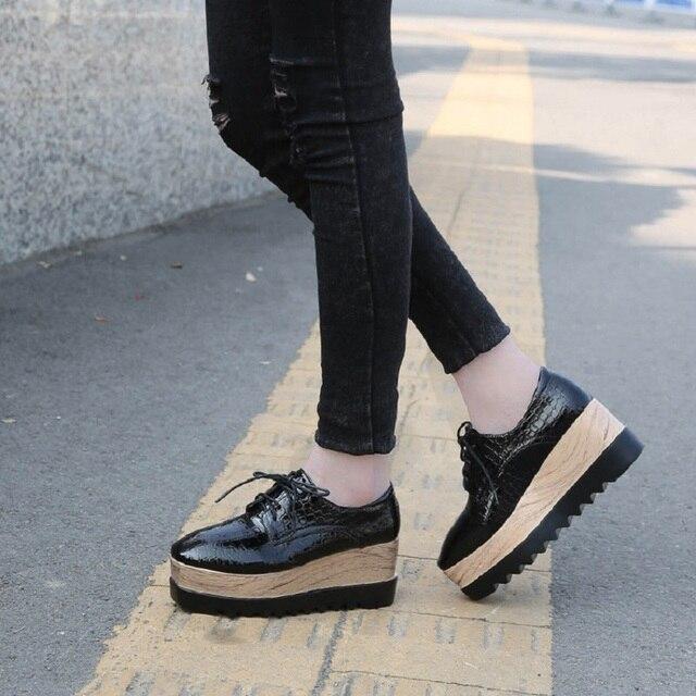 8ef5dabea5 2016 de La Moda de Primavera zapatos planos Oxford zapatos de suela de goma punta  redonda