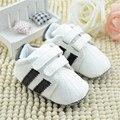 Nuevo 2017 Sneskers Niños Bebés Niñas Niño Deporte Zapatos Infantiles Primera Caminantes Niños Zapatos Bebe Sapatos Mocasines Envío Gratis