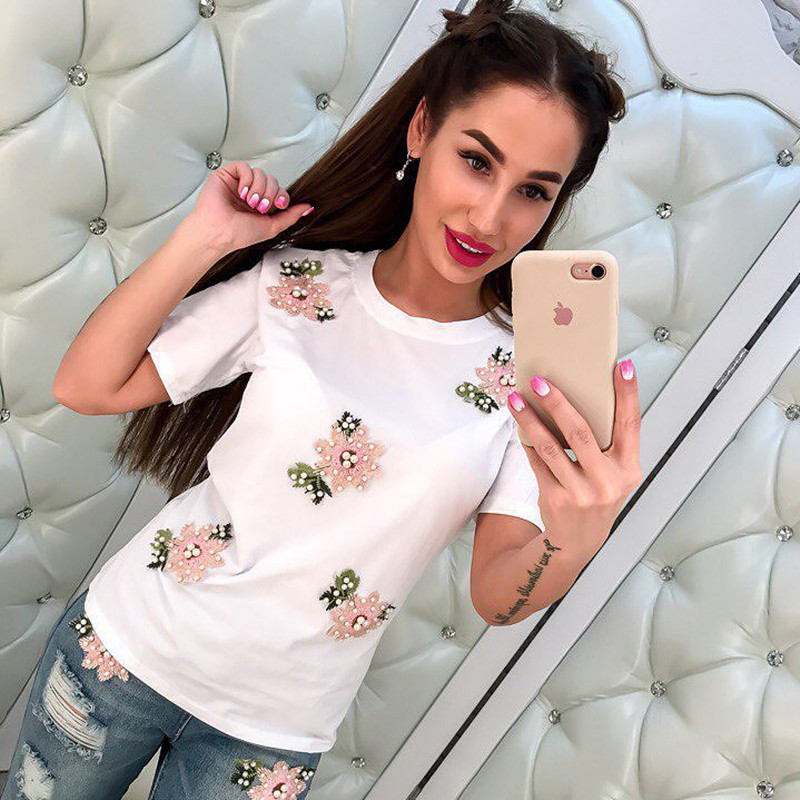 Summer 2018 New Arrival Women   T     shirts   Tops Embroidery Bead Flowers Short Sleeves Tshirt Harajuku Fashion Women Female Clothes