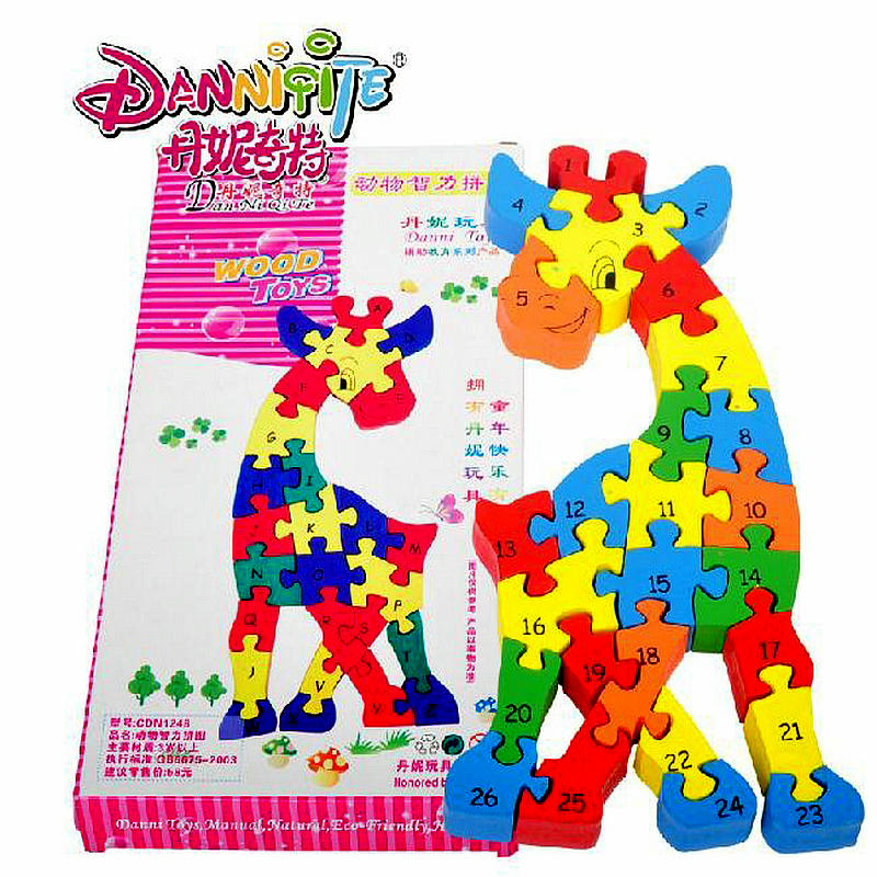 Gratis frakt Sika Deer Assembly Numbers & Letter Building Blocks Wooden Children's Educational Block leksaker baby träleksaker