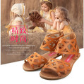 1108152 Venta Al Por Menor 2016 Nueva Niña de Moda de Verano Sandalias de Gladiador Plana Con Zapatos de La Muchacha Ahueca Hacia Fuera Zapatos de Las Muchachas de Fashon