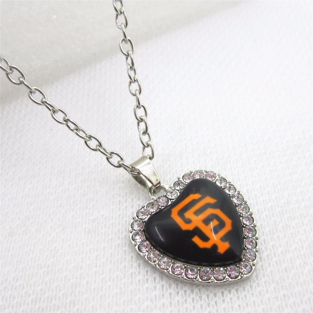 10pcs Crystal Heart San Francisco giants US Necklace Baseball Sport Necklace Pendant Charms with 50cm Chains Necklace Jewelry