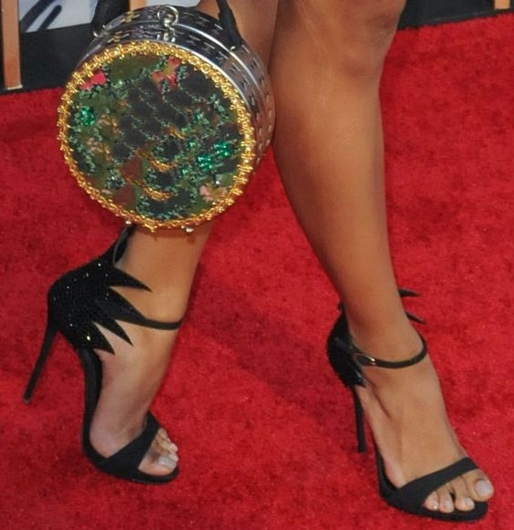 Tapis rouge pompes de soirée pour femmes noir strass été gladiateurs couverture talon feuille bout ouvert talons hauts femmes sandales taille 42