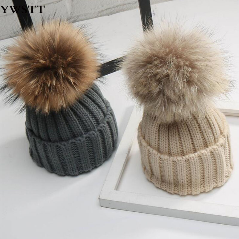Baby Hats Real 15cm Raccoon Fur Hats For Baby Boys And Girls Children's Winter Hats With Real Fur Ball On Top Boys Winter Caps hl112 men s real leather baseball cap hat winter warm russian one fur beret belt gatsby hunting caps hats with real fur inside