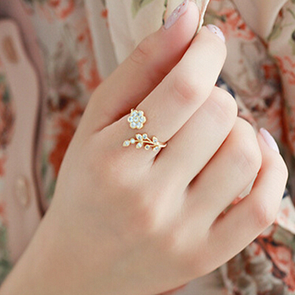 Fashion Twisted Leaves Flower Rhinestone Open Ring Rose Gold Color Finger Ring For Women Statement Adjustable Ring Wholesale