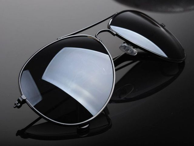 305022865ff Unique Stylish Aviator Sunglasses Silver Mirror Lens with UV400 Protection  for Black frame and Black Lens