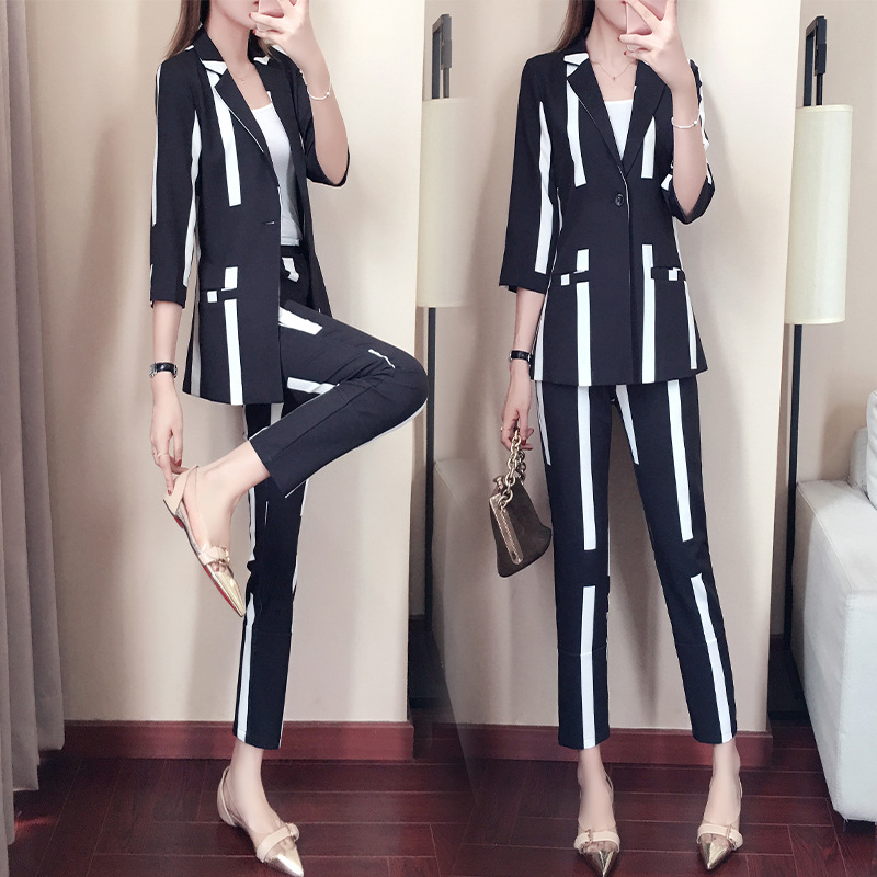 2 piece outfits for women suit female spring and autumn striped suit 2018 new temperament fashion OL suit
