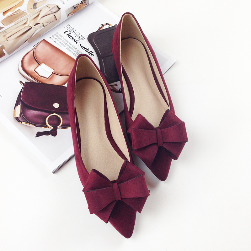 2017 Spring New Bow Knives Pointed Flat Shoes Wine Red Flock Shallow Mouth Black Flat Shoes Large Size 34-43 Ballerina Flats 2017 the new european american fashion horn bow pointed mouth shallow comfortable flat sheet metal red shoes tide size 35 41