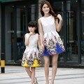 2017 verano madre hija vestidos de las muchachas de flores vestido de princesa kids family look teenage clothing mariposa impreso vestidos