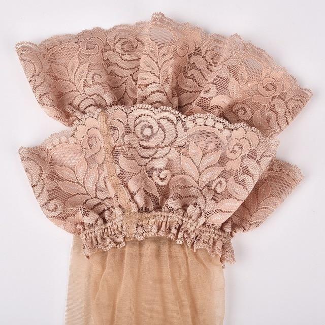 Καλτσόν Με Καλτσοδέτα Σε Διάφορα Σχέδια Και Χρώματα