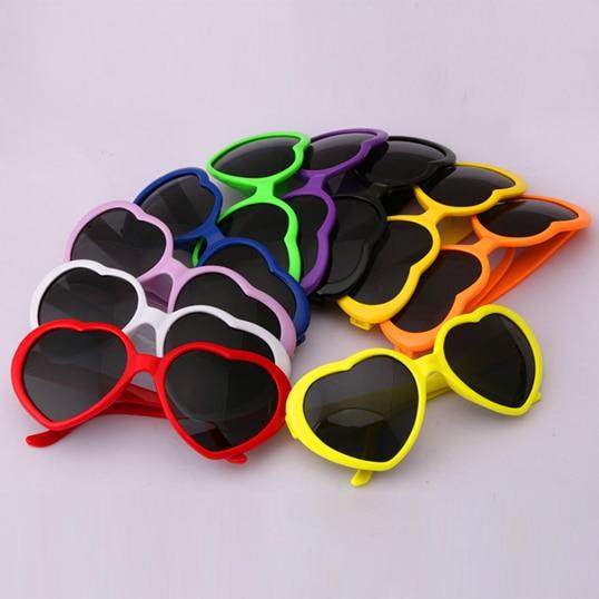 הגעה חדשה לילדים יפה משקפי צורת לב הגנת UV400 בנים ובנות משקפי שמש חמודים מגניבים Oculos de sol N682