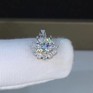 Image 4 - Poetry Of Jew Store Round Silver Moissanite Pendants 1ct D VVS Luxury Moissanite Weding Pendants for Women