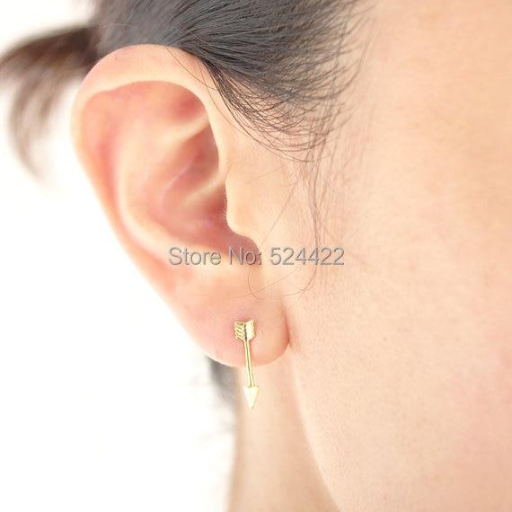 High Quality fashion stud earrings