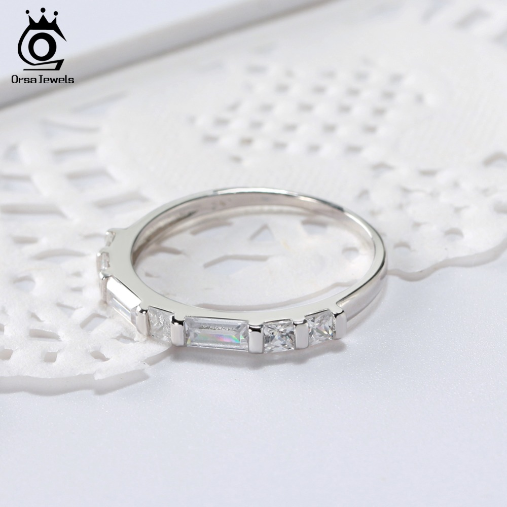 ORSA JEWELS 925 Sterling Silver Rings For Women Round Shape With AAA Cubic Zircon Fashion Female Wedding Band Ring Jewelry SR66
