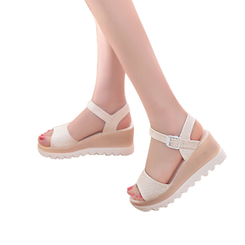 Free shipping Sandals women 2018 Fashion summer new slope with flat students buckle sandals with the slope with women's shoes dkny park slope ny2383