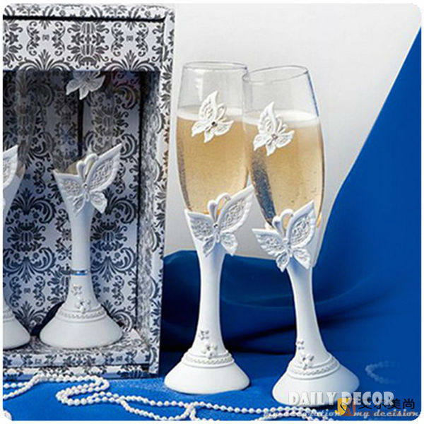 Online Shop 2 Butterfly Wedding Champagne Cups Bride And Groom Cup