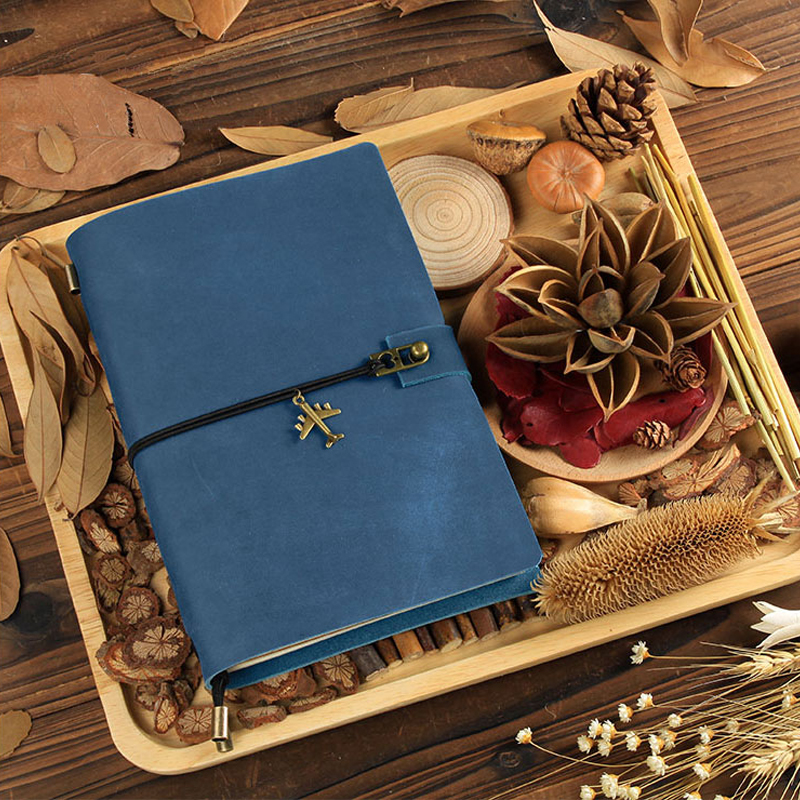 2018 Traveller Leather Notebook Handmade Vintage Notepad Diary Creative Customizable Personalized Gift Stationery Diary 2017 15 colors felt cover retro creative lock hand notebook notepad diary stationery gift
