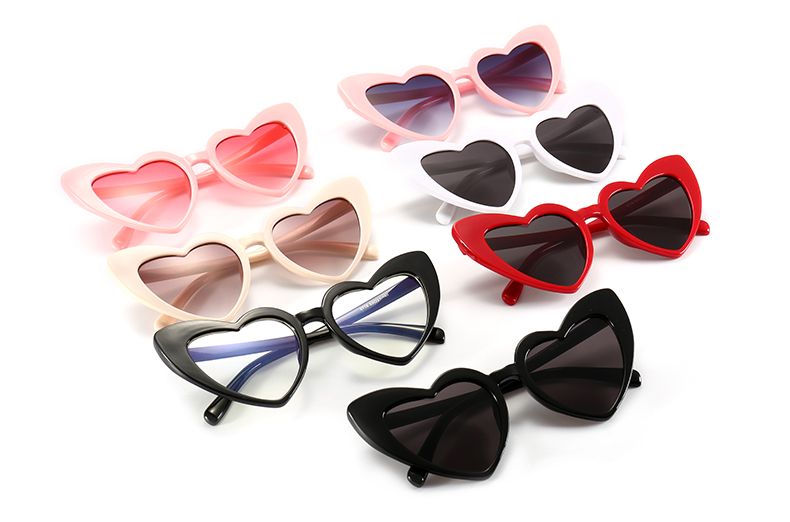 Ultraviolet-Proof Women's Sunglasses with Heart-Shaped Lenses