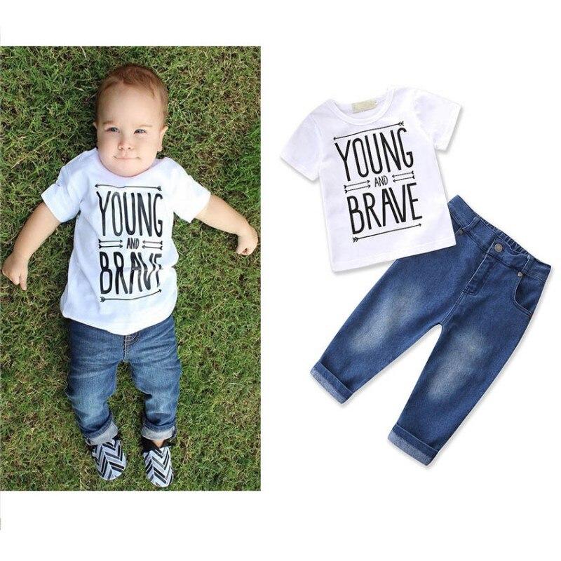 2018 נערי קיץ בגדי סט ילדים הדפסת מכתב האופנה סט בגדי ילד צעיר ואמיץ t-חרא + ג 'ינס מכנסיים