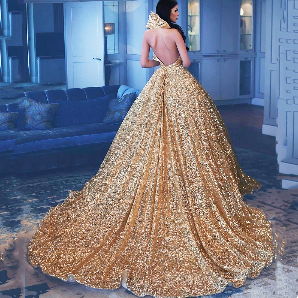 Kadın Giyim'ten Elbiseler'de Muhteşem Pullu Altın Kadın Resmi Elbise balo elbisesi Custom Made Aç Geri Uzun Tren Maxi Önlük Balo Akşam Parti Ünlü'da  Grup 2