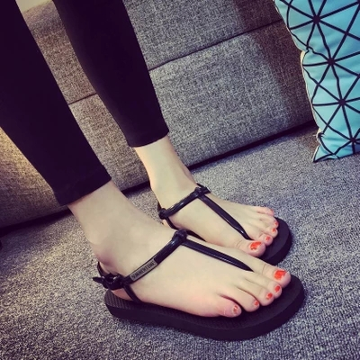 1dbc04da55af Summer New Style Women Platform Punk Black Sandals South Korean Flip Flops  Fashion Beach Shoes for Women Free Shipping