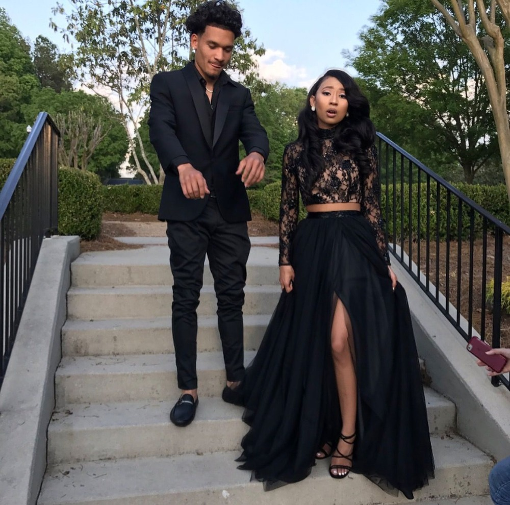 Beautiful Black Two Piece Evening Dress With Slits High Neck Top Lace Long Sleeves Prom Party Dress Summer Holiday Evening Gown