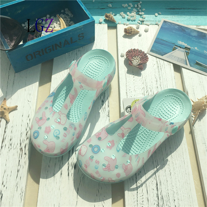 New Style 2017  Fashion Woman Summer Change Color Sandals croc Hollow Beach Shoes Leisure Girls Jelly Female Garden Shoes summer 2017 new color crystal bling sandals woman anti skid hole jelly shoes flat garden beach rain shoes